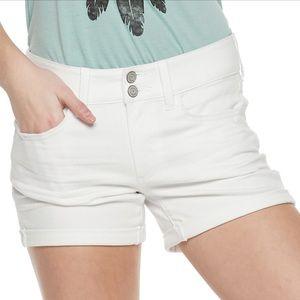 Juniors SO 2-button Midi Jean Shorts, white